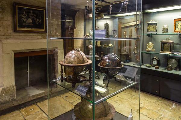 basement globes 219